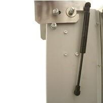 Dangtis prilaikomas pneumatiniu stūmokliuku (nuo CB 70 modelio)